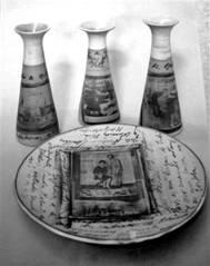 Graciela Olio y equipopara el Taller de Diseño y Producción de Objetos de las Artes del Fuego. 2002.DAVPP.IUNA.Fotocerámica y grafismos manuales sobre gres.